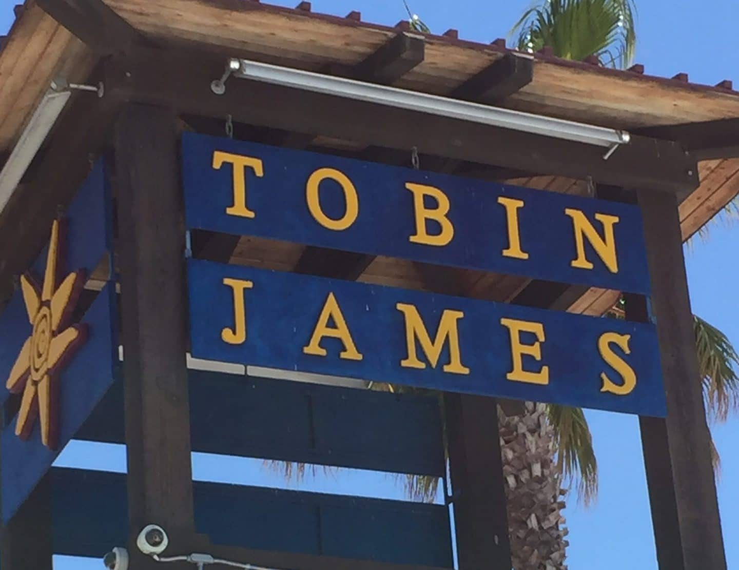 tobin james winery sign