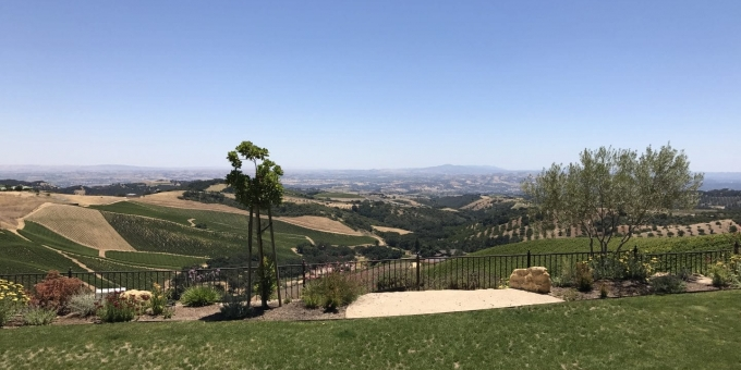 daou vineyards wine tasting view paso robles